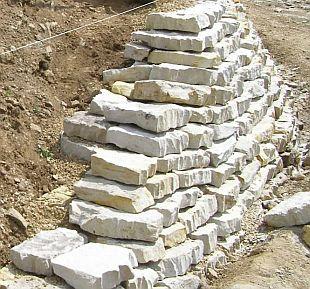 Kameny na suchou zídku